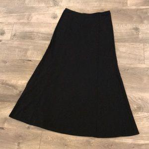 Eddie Bauer Long Skirt Size Petite Small Black